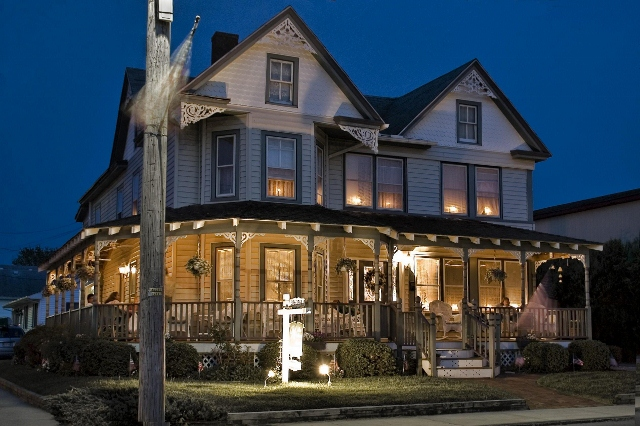 The Watson House Is Curly Being Operated As A Locally Historic Guest On Chincoteague Island Has Social Parlor Dining Room